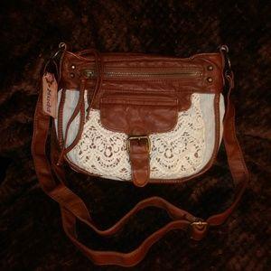 NWT Mudd Emily Crossbody Bag